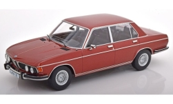 Modellauto - <strong>BMW</strong> 3.0S (E3), metallic-dunkelrot, 1971<br /><br />KK Scale, 1:18<br />Nr. 241250