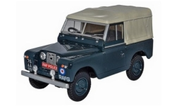 Modellauto - <strong>Land Rover</strong> Series II SWB Canvas, RHD, RAF Police<br /><br />Oxford, 1:43<br />Nr. 242351