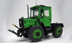 Modelcar - <strong>Mercedes</strong> MB trac 800 Family (W440), light green/matt-black<br /><br />weise-toys, 1:32<br />No. 242586
