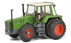 Modellauto - <strong>Fendt</strong> 626 LSA Turbo, grün/weiss, Zwillingsbereift, 1981<br /><br />Schuco, 1:32<br />Nr. 243593