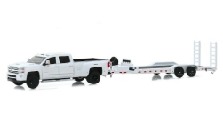 Modelcar - <strong>Chevrolet</strong> Silverado 3500 HD, white, with Zweiachs-Schwerlastanhänger, 2018<br /><br />Greenlight, 1:64<br />No. 244012