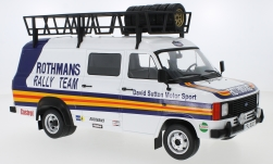 Modelcar - <strong>Ford</strong> Transit MK II, Rothmans, with roof rack and material loaded<br /><br />IXO, 1:18<br />No. 245683