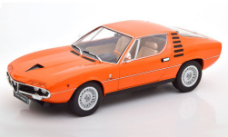 ModelCar - <strong>Alfa Romeo</strong> Montreal, orange, Interieurfarbe: beige, 1970<br /><br />KK Scale, 1:18<br />No. 250895