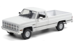 Modellauto - <strong>GMC</strong> K-2500 Sierra Grande Wideside, weiss, 1982<br /><br />Greenlight, 1:18<br />Nr. 251336