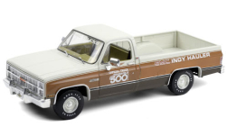 Modellauto - <strong>GMC</strong> Sierra Classic 1500, Indianapolis 500, 67th Annual Indianapolis 500 Mile Race Official Truck, 1983<br /><br />Greenlight, 1:18<br />Nr. 251338