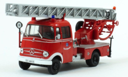 Modellauto - <strong>Mercedes</strong> L 319, Feuerwehr Stadt Walsrode<br /><br />SpecialC.-96, 1:43<br />Nr. 251529