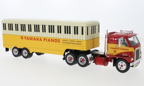 International Harvester DCOF-405, rot/gelb, Yamaha Pianos