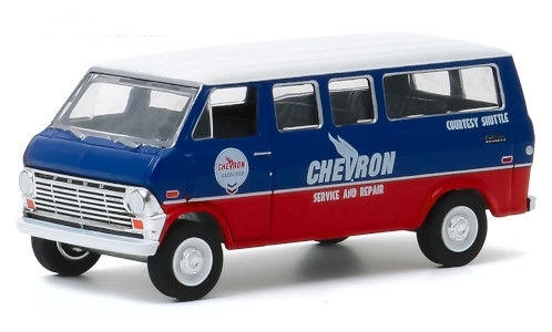 Ford Club Wagon, blau/rot, Chevron