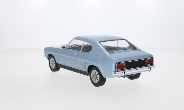 Ford Capri MKI 1600 XL, metallic-hellblau