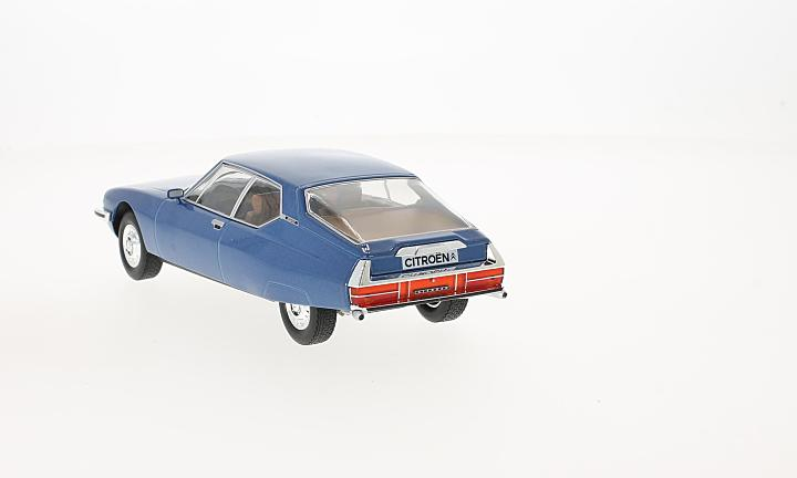 Citroen SM, metallic-blau