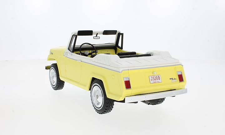 Jeep Jeepster Commando Convertible, gelb/weiss